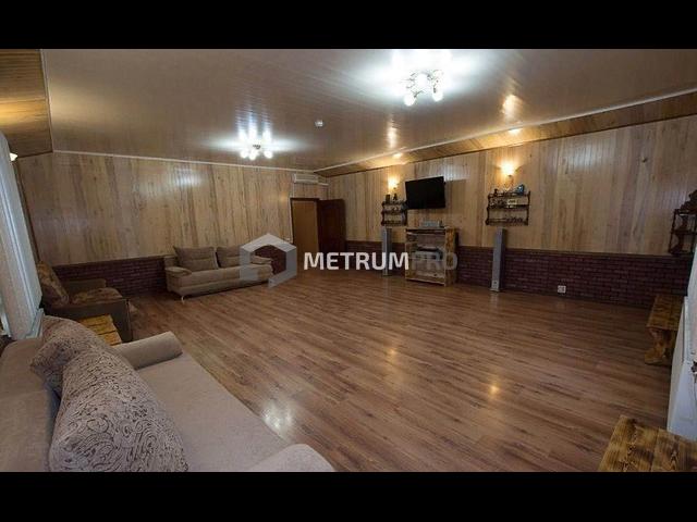 Дом 402 кв.м, 8 комнат