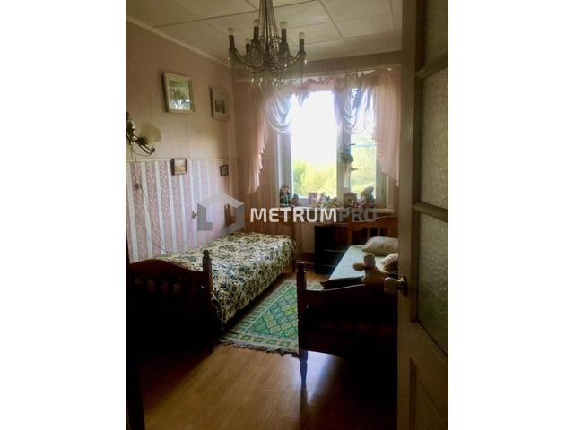 Продам трехкомнатную квартиру, 60 м2