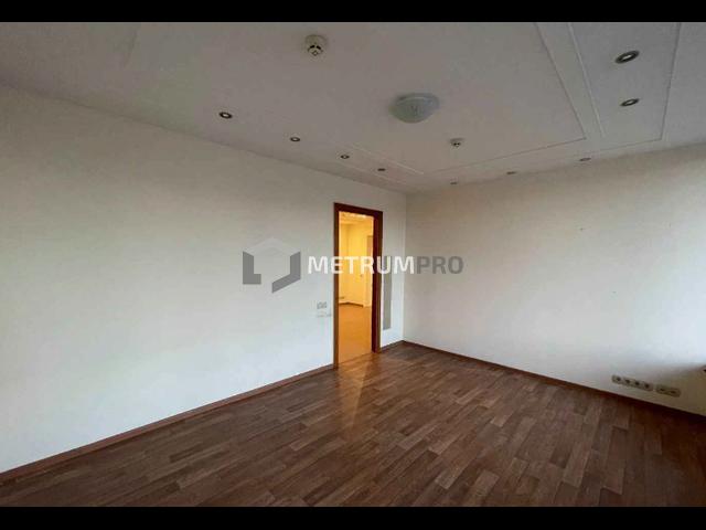 Офис 272.4 кв.м, отдельный вход, Мичуринский пр-кт, 19 3, этаж 1/18, типовой
