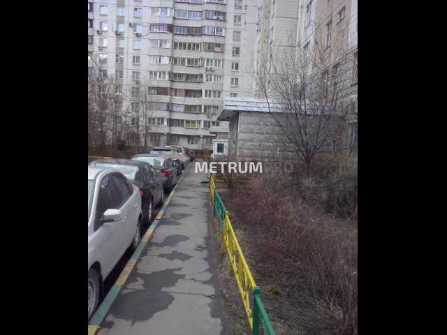 Помещение 59 кв.м, Цимлянская ул, 24, этаж 1/17, жилое здание, ремонт